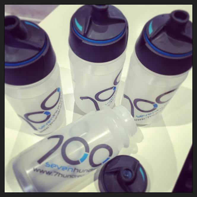 700 Shanti Water Bottle : Twist Top with Sports Valve